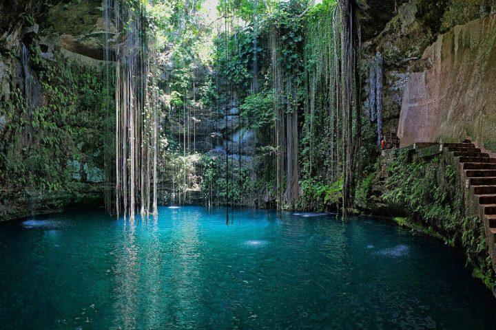 Cenote Ik Kil - Excursiones en la Riviera Maya