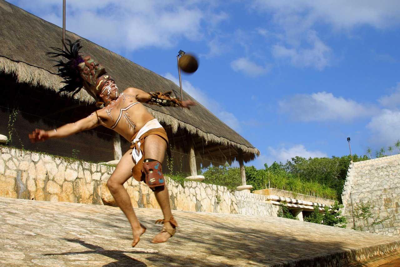 Juego de pelota mundo maya