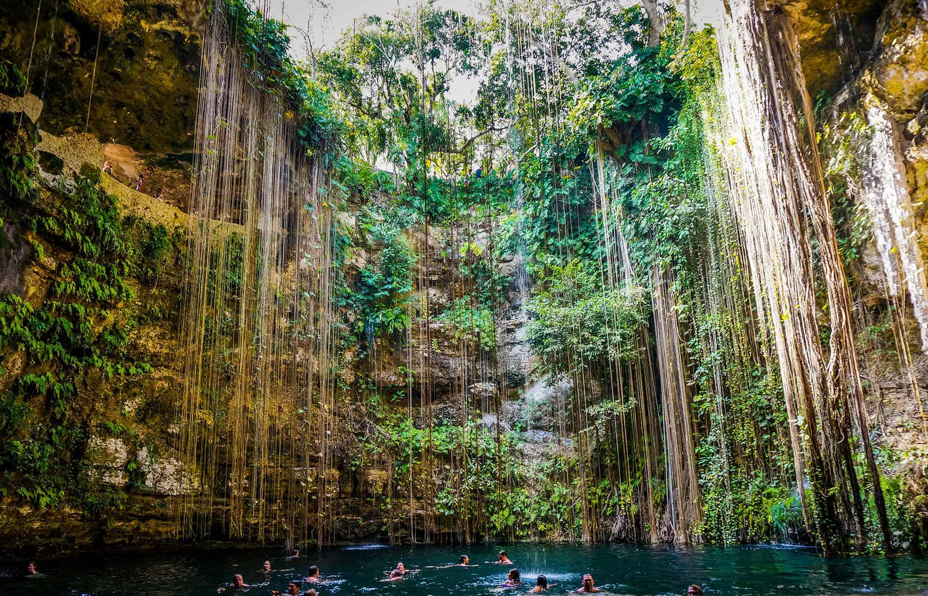 cenote-ik-kill-excursiones-mundo-maya
