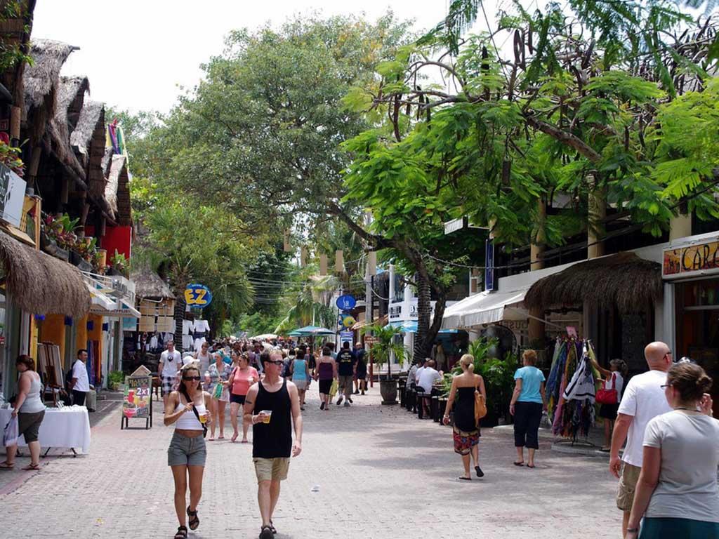 5ta Av. Playa del Carmen